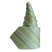 Cravate en soie verte rayée